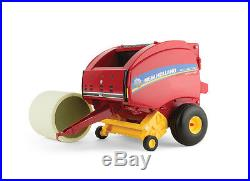 1/16th New Holland Roll-Belt 560 Round Baler with Bale