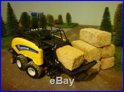 1 32 Britains NEW HOLLAND 1290 Baler and special Bale set