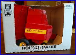 Ford New Holland Round Baler 660 Auto Wrap