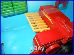 New Holland Plastic Square Baler By Ertl 1/32nd Scale
