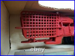 Vintage New Holland Small Square Baler With Bales! By Ertl 1/16 Scale